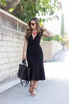 black flounce midi H&M skirt - black shoemint heels - black Tobi bodysuit