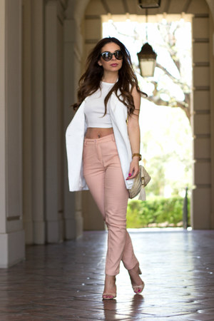 off white oversized Lulus vest - salmon high-waisted Lulus pants
