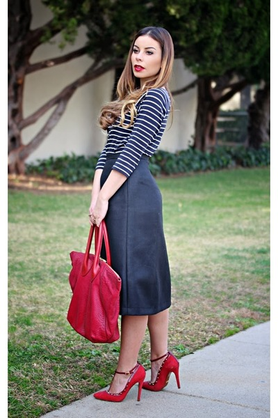 navy French Connection top - ruby red oversized Pour La Victoire bag