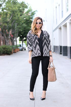 white chevron RO&DE jacket - tan satchel Zara bag - black skinny Gap pants