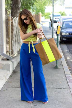 blue Tobi pants - camel tote neon Clare Vivier bag