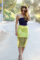 yellow Zara skirt - navy daily look t-shirt