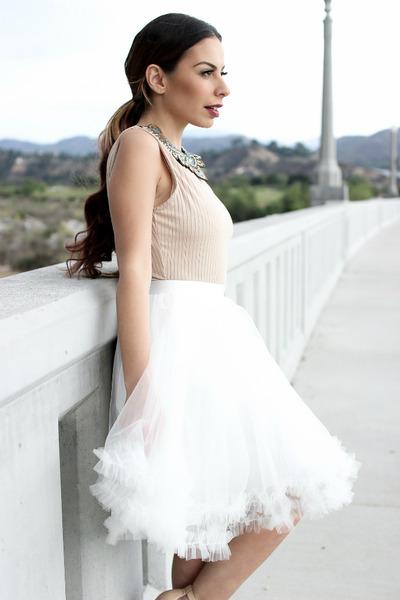 white tulle Space46 skirt - tan Missguided bodysuit