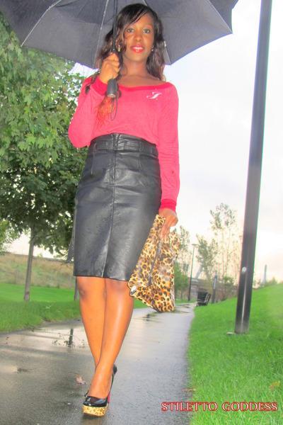 H&M Skirts, Leopard Print Nicole Lee Bags, Steve Madden Heels, Wet ...
