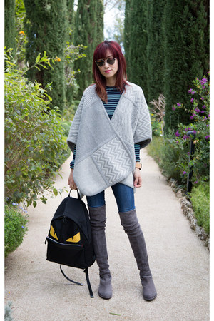 heather gray knit Club Monaco cape - gray stuart weitzman boots - Guess jeans