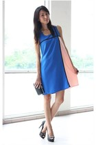 blue Mood & Closet dress - black Mood & Closet bag