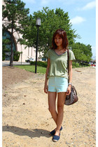 chartreuse Gap t-shirt - navy Michael Kors shoes