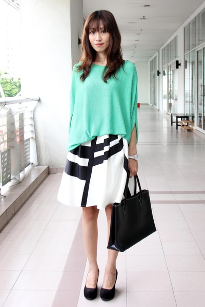 green random top - black Furla bag - black shoes summer Aldo wedges