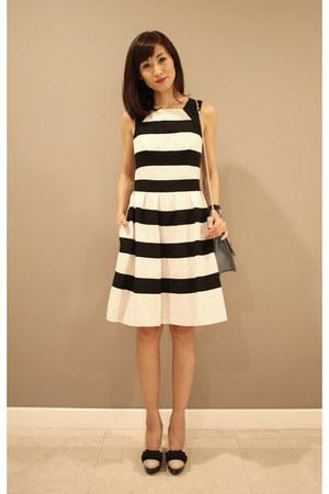stripes karen millen dress - Valentino bag - light pink Miu Miu heels