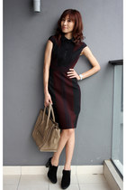 crimson karen millen dress - camel Celine bag - black Tods heels