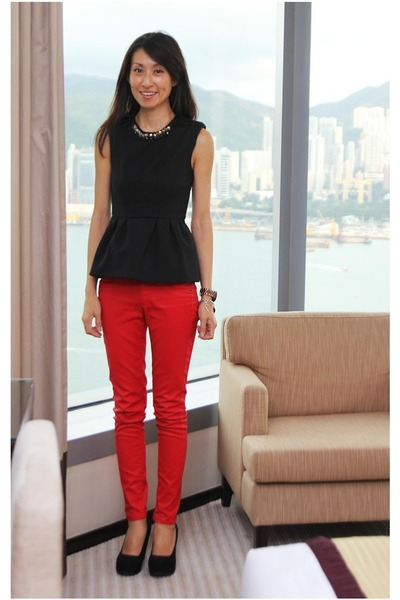 black Zara top - red Mango jeans - black Aldo wedges