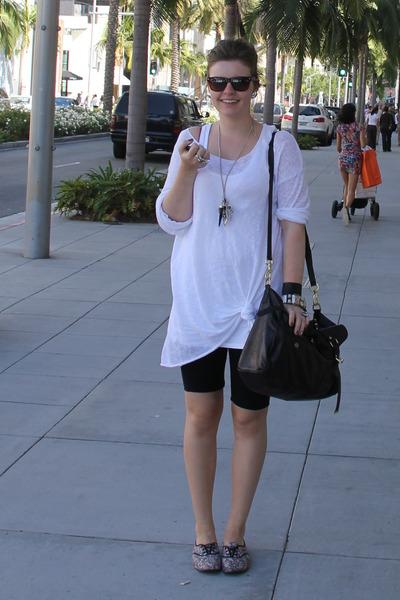 black Forever 21 shorts - pink Monki shoes - white Monki sweater - black Mulberr