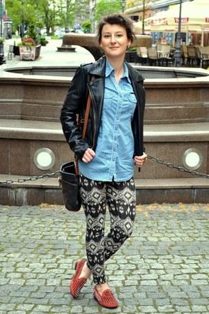 dark gray leggings - black jacket - sky blue jeans shirt - ruby red loafers