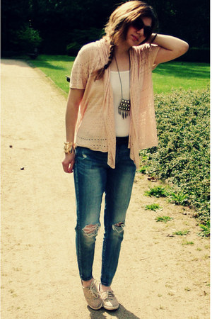 Forever 21 necklace - Deichmann shoes - I am sunglasses - Tally Weijl pants