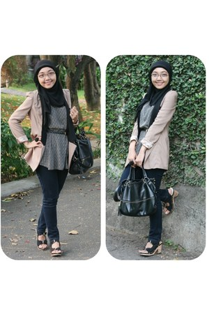 black My Bagstage bag - beige Walk-in Closet blazer - black UP wedges