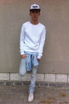 white Converse shoes - light blue Zara jeans - white Zara sweater
