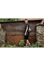 black espadrilles H&M shoes - black oversized shorts