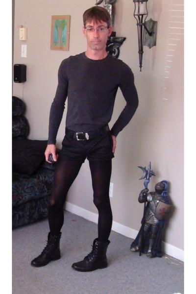 Aldo boots - tights - Tristan t-shirt