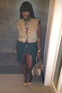 Wool-fur-forever-21-vest-paten-leather-steve-madden-pumps