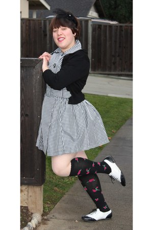 white kohls shoes - black TJMaxx socks - black Forever 21 dress - black vintage