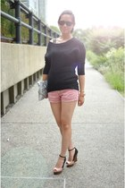 Express sweater - American Eagle shorts