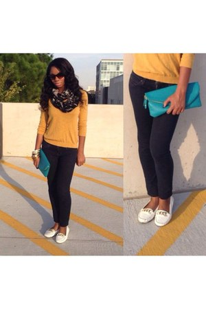 blue Forever 21 pants - gold Forever 21 sweater - black Ross scarf