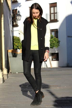 Zara coat - Mango boots - Zara pants - Zara sweatshirt