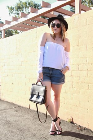 white Mombasa Rose top - black Forever 21 hat - black coach bag