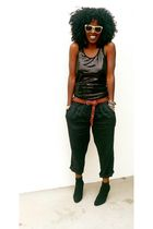 black Sequins tank top - black linen pants pants