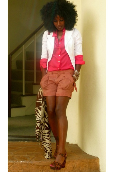 white Jcrew blazer - pink Jcrew shirt - brown Forever 21 shorts - brown sam edel