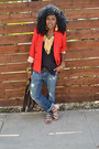 Blue-boyfriend-jeans-red-zara-blazer-black-linen-top-beige-strappy-flats