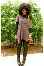 Black-ralph-lauren-t-shirt-black-h-m-blouse-urban-outfitters-leggings