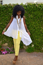 yellow Pegged jeans - white Asymmetical shirt - bronze leopard pumps