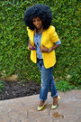 Yellow-vintage-blazer-blue-denim-shirt