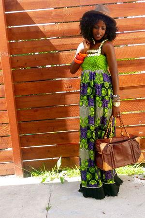 brown Street Vendor hat - green KemKemStudio dress - brown Street Vendor in Nige