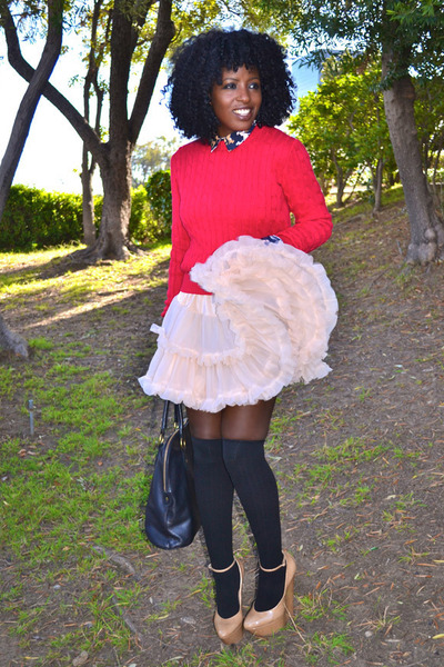 nude American Apparel skirt - red American Apparel sweater