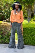 carrot orange Safari shirt - camel Fringe bag - gray Flare pants