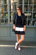 bubble gum Stradivarius skirt - black bomber H&M jacket