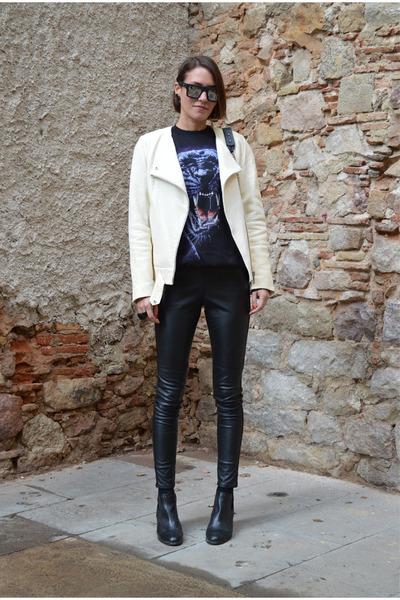 black oversized Reclaimed vintage sweater - cream leather jacket Zara jacket