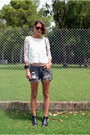 H-m-shorts-crop-top-lace-zara-blouse