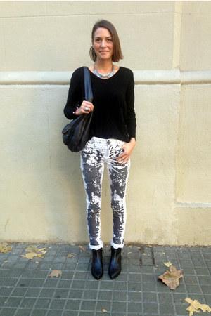black pointy Uterque boots - black Zara pants