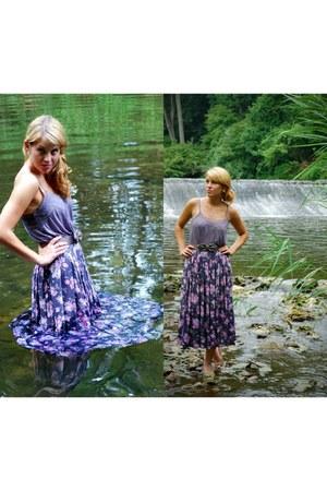 puce maxi skirt second hand skirt - light purple tank top Urban Outfitters shirt
