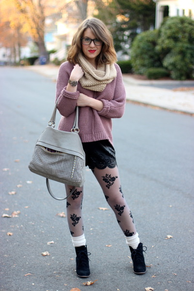 black lace up Dolce Vita boots - pink chunky Missimo sweater