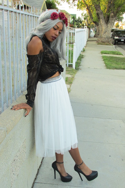 black blouse - white mesh skirt
