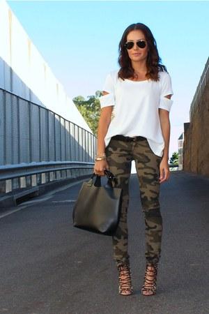 camo new look jeans - mini tote Zara bag - aviator ray-ban sunglasses