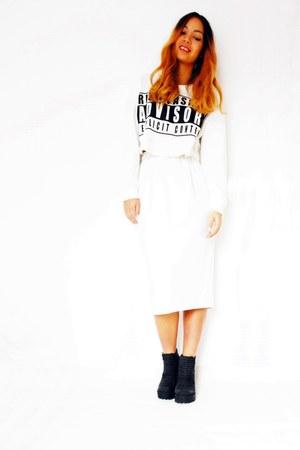 sweater - boots - skirt