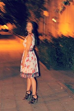 white Zelie les tresors dress - black Zara heels