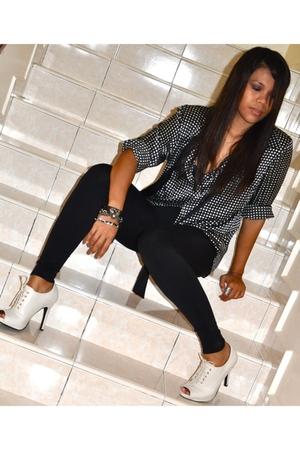 black vintage shirt - beige thrifted shoes - black Pink Rose leggings