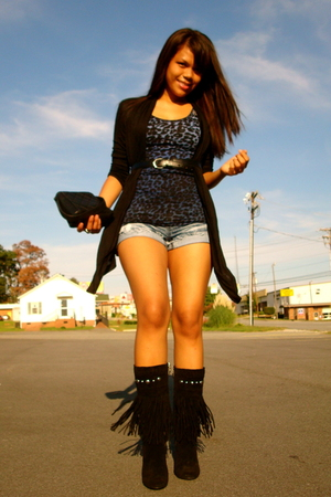 Forever21 t-shirt - Almost Famous shorts - vintage chanel purse - Guess boots