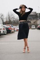 thrifted vintage skirt - crop Zara sweater - Stradivarius heels